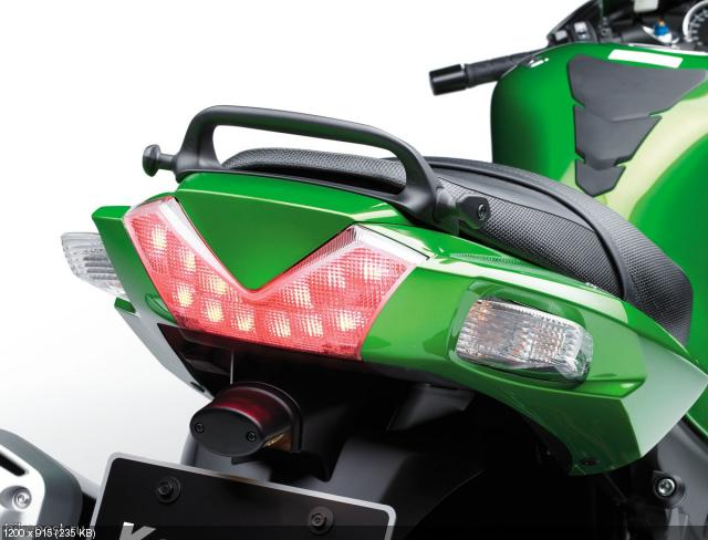 Анонс нового мотоцикла Kawasaki ZZR1400 (ZX-14R) 2012