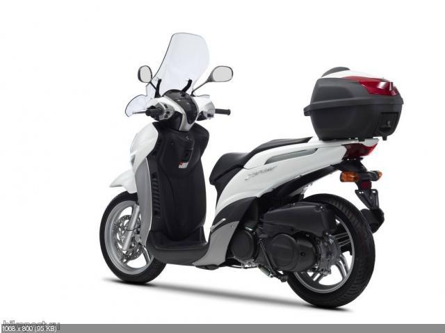 Новый скутер Yamaha Xenter 125/150 2012
