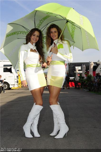 Девушки паддока WSBK - Портимао 2011