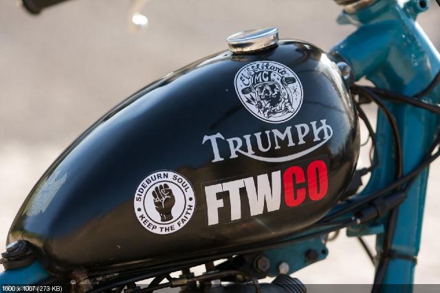 Кастом El Solitario MC Triumph T120R