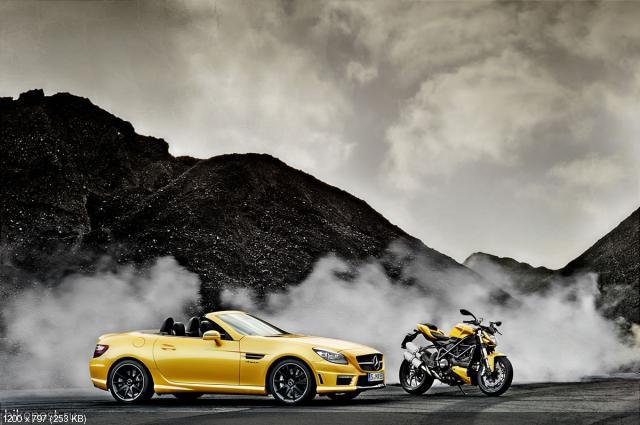 Новый Mercedes-Benz SLK55 AMG и мотоцикл Ducati Streetfighter 848