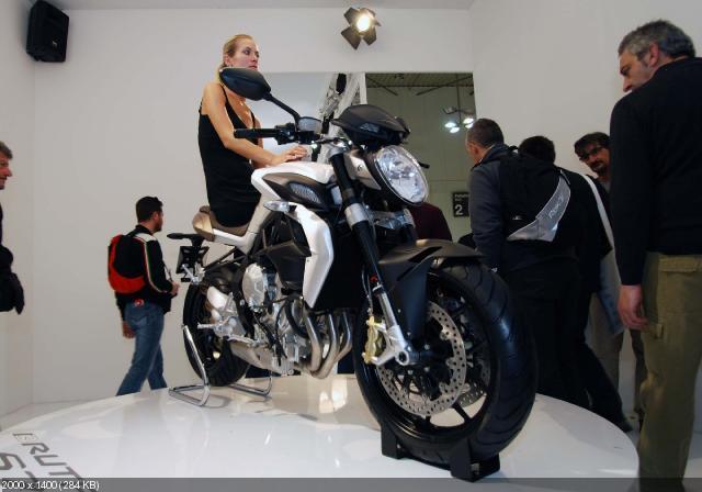 Новый мотоцикл MV Agusta Brutale 675 на EICMA 2011